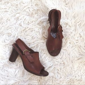 • Robert Clergerie • Leather Brown Sandals 10